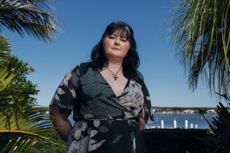 Sherrie D'Souza says she is still rebuilding her life after abandoning the Jehovah Witnesses faith four years ago. She is spearheading the first Australian Recovering from Religion (RfR) support group.