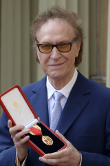 Ray Davies at Buckingham Palace after being knighted in 2017 for his service to the arts.