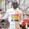 Kipchoge, Kosgei win London Marathon titles
