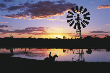 Riding high from an influx of tourists, the outback's now poised for a bumper summer