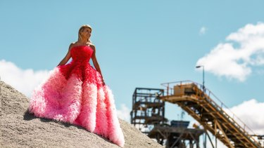 Julie Bishop dons a extravagant gown by South Australian dressmaker Jaimie Sortino at the Mt Marion lithium mine in outback WA.