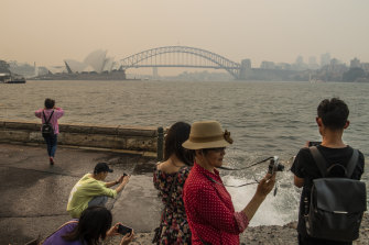 Smoke haze over Sydney Harbour from bushfires burning in NSW.