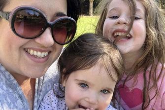 Coming around to cannabis: Sara Keli with her daughters Olivia and Josie.