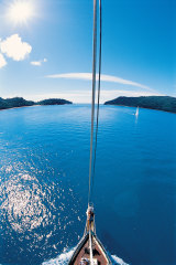 Hook Passage in the Whitsundays.