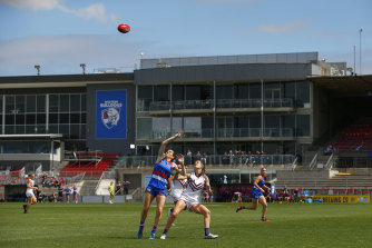 Whitten Oval could soon be converted into one of Melbourne's first mass vaccination hub under a proposal that would see the sporting stadium used to help deliver the coronavirus jab to thousands of Victorians.
