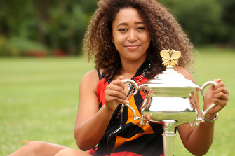 Naomi Osaka with the Australian Open trophy.