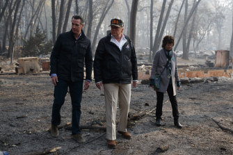 California Governor-elect Gavin Newsom, President Donald Trump and Paradise mayor Jody Jones in Paradise, California, in 2018.