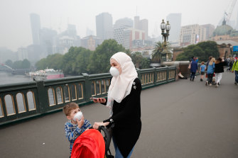 Many Bunnings stores reported smoke mask shortages while Officeworks ran out of stock statewide as smoke enveloped Melbourne on Monday.