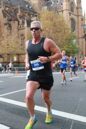 Hamish McLaren competing in the SMH Half Marathon in 2014, in a photo that showed he was not Hamish Maxwell as he claimed to UK investors.