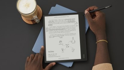 Kobo's latest Kindle competitor is a huge e-reader and a smart notepad