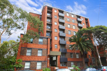 The one-bedroom apartment with car park at 28/204 Jersey Road, in inner-Sydney's Paddington, sold at auction for $780,000.