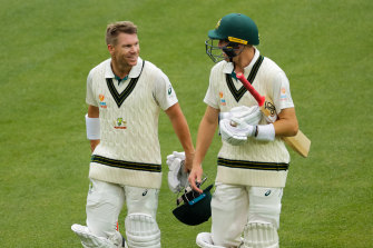 ADELAIDE, AUSTRALIA - NOVEMBER 29: (L-R) David Warner of Australia and Marnus Labuschagne of Australia walk from the ground at the tea break during day one of the 2nd Domain Test between Australia and Pakistan at Adelaide Oval on November 29, 2019 in Adelaide, Australia. (Photo by Daniel Kalisz - CA/Cricket Australia via Getty Images) ADELAIDE, AUSTRALIA - NOVEMBER 29: David Warner of Australia bats during day one of the 2nd Domain Test between Australia and Pakistan at Adelaide Oval on November 29, 2019 in Adelaide, Australia. (Photo by Mark Brake - CA/Cricket Australia via Getty Images)