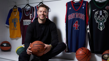 Matthew Dellavedova is back in Melbourne  to train with the Boomers squad ahead of the FIBA World Cup.