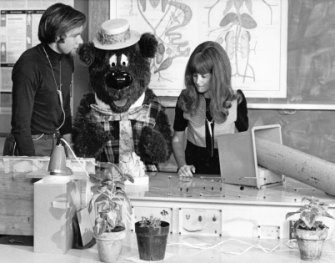 Rob Morrison, left, with Humphrey B. Bear and co-host Patsy Biscoe in the 1972 episode when Morrison's static electricity experiment nearly killed Humphrey.