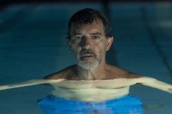 Antonio Banderas plays a film director not unlike Pedro Almodovar in Pain and Glory.