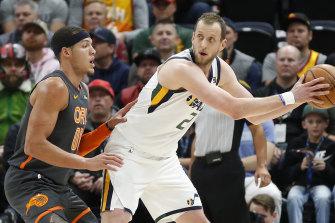 Joe Ingles has a tough decision to make, as the NBA announced a return date.