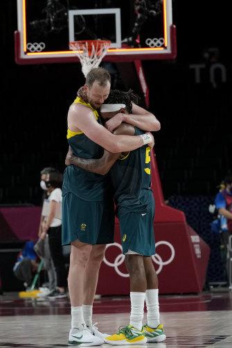 Mills and Joe Ingles after winning the men's basketball bronze medal.