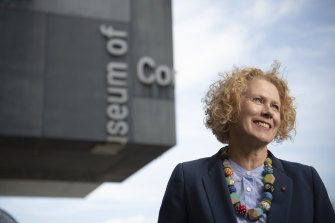 The Museum of Contemporary Art director Liz Ann Macgregor is leaving the gallery.