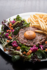 The steak tartare.
