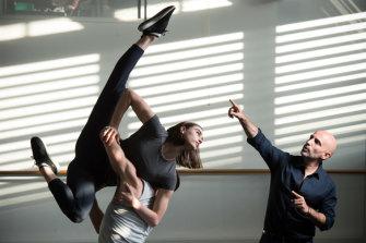 Sydney Dance Company Artistic Director Rafael Bonachela works with dancers.