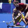 Two goals in 90 seconds inspire Hockeyroos' winning start