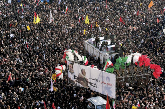 Iranians took to the streets to mourn general Qassem Soleimani, the former commander of Iran's elite Quds force.