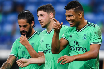Casemiro picks out Benzema after being the beneficiary of the Frenchman's assist.