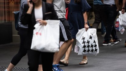 Consumers lead the economic recovery, the key now is to keep them spending