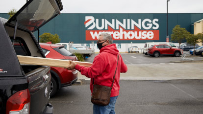 The Bunnings barometer: How the $13b 'institution' became Australia's bellwether