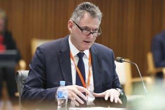 Il CEO di NAB Ross McEwan in un'audizione della commissione parlamentare venerdì.