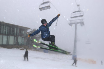 Regional Victorians could enjoy Mount Buller on Saturday but Melburnians cannot travel more than 25km from home.