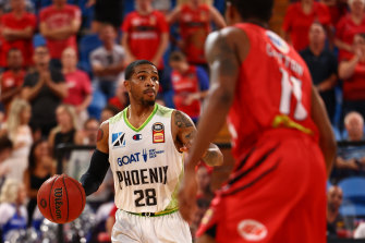 Keifer Sykes has challenged his Phoenix team to lift against Melbourne United.