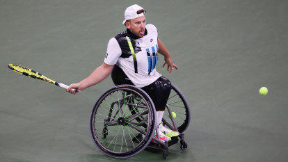 Alcott loses tight wheelchair final he fought to see staged
