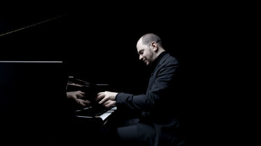Pianist  Kirill Gerstein is a performer capable of near-infeasible dualities.