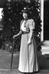 Fashionista Alexandra inspired one of history's more bizarre fads.