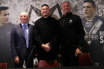 Sonny Bill Williams with Bob Hunter, CEO of Toronto Wolfpack, and coach Brian McDermott   at Emirates Stadium in London.