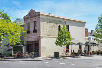 The 82 sq m shop is currently leased to Cafe Piccolina.