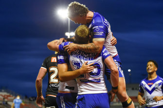 The Bulldogs put seven tries on an awful Wests Tigers outfit.