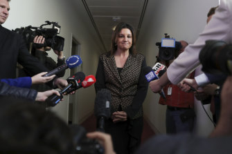Jacqui Lambie says she will support the union-busting bill if John Setka doesn't resign from the CFMMEU