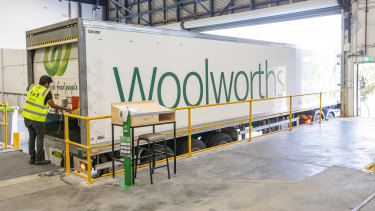 Woolworths new online Customer Fulfilment Centre in Lidcombe