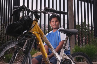 Civil engineer, and masters student Utkarsh is an Uber Eats delivery rider who appears on a safety podcast created by Swinburne University to help keep its international students safe as they work in the gig economy.
