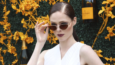 For day events, look for glasses that have jewellery-like detailing, like Coco Rocha.