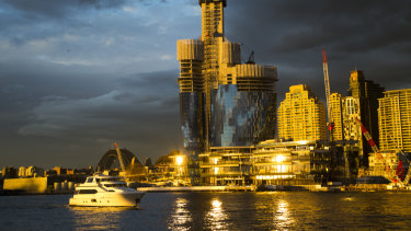 Crown Resorts has applied for additional apartments at its Barangaroo casino development.