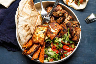 Chicken souvlaki bowl