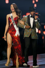 Catriona Gray with singer Ne-Yo during the final round of the 67th Miss Universe competition in Bangkok.