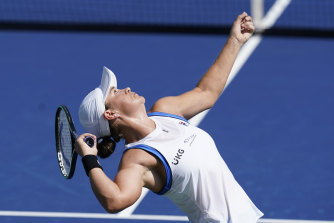 Ashleigh Barty is through to the semi-finals of the Western and Southern Open.