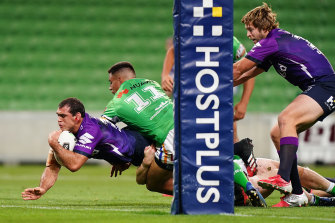 Dale Finucane scored Melbourne's try after a pass from Cameron Smith.