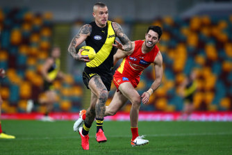 Dustin Martin on the burst for the Tigers.