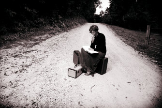 Books can transport us to other places.