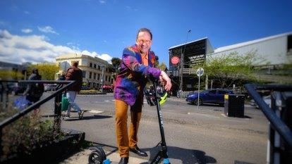 City of Port Phillip backs e-scooter trial over summer